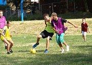 Fotbalista Tomáš Hübschman dohlížel v Poděbradech na fotbal bez rozhodčích.