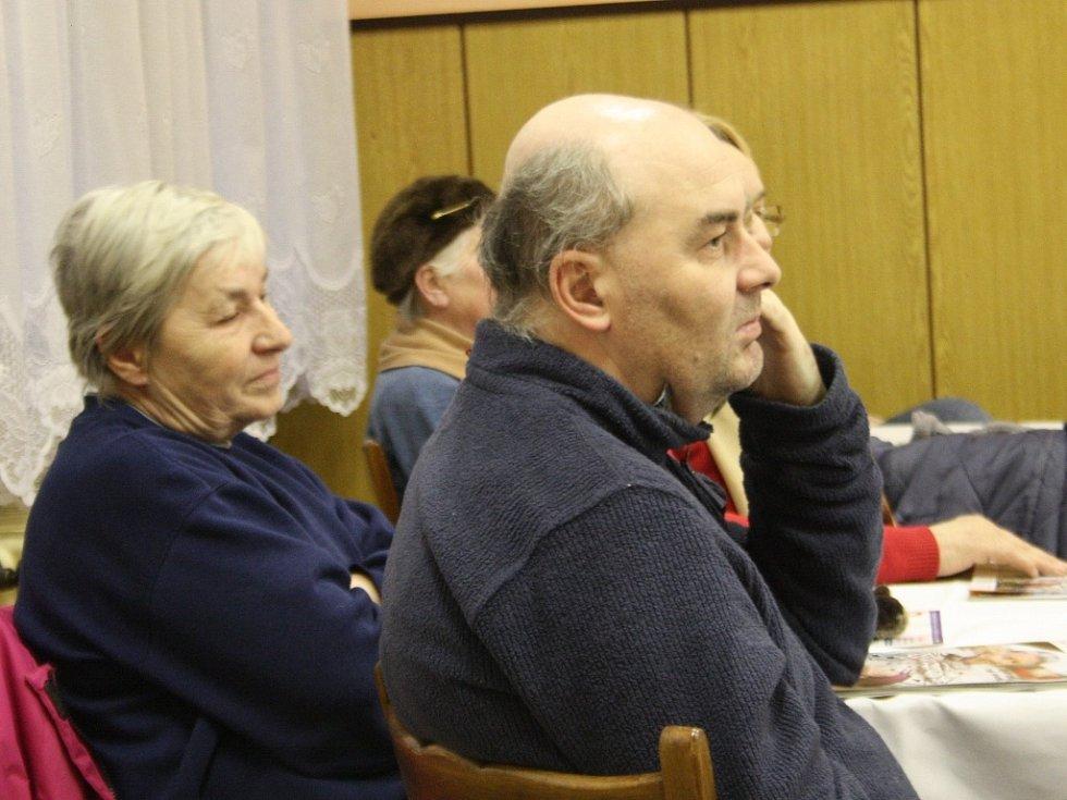 Na promítání v kulturním domě v Libici nad Cidlinou přišlo devět diváků.