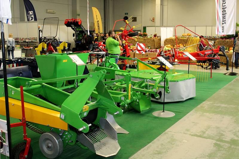 V Lysé začaly výstavy týkající se zemědělství. Potrvají až do neděle.