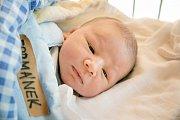 MATYÁŠ FORMÁNEK se narodil 27. listopadu 2018 ve 13.20 hodin s délkou 49 cm a váhou 3 330g. Pro maminku Kateřinu a tatínka Lukáše z Nymburka byl prvorozený syn překvapením.