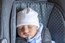 Adam Vízvári z Krchleb se narodil v nymburské porodnici 29. července 2021 v 8.26 hodin s váhou 3610 g a mírou 48 cm. Domů pojede chlapeček s maminkou Naďou, tatínkem Romanem a bráškou Románem (8 let).