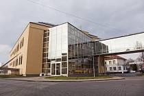 Nymburská nemocnice má dočasné vedení, stávající jednatelku Rada města odvolala.