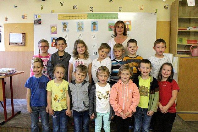 Základní škola Hrubý Jeseník, třídní  učitelka Jitka Oberhelová