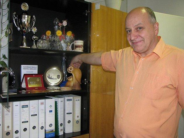 Milan Pavlík ve své kanceláři na radnici
