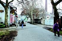 Tato ulice mezi nádražím a sklárnami by se měla radikálně proměnit