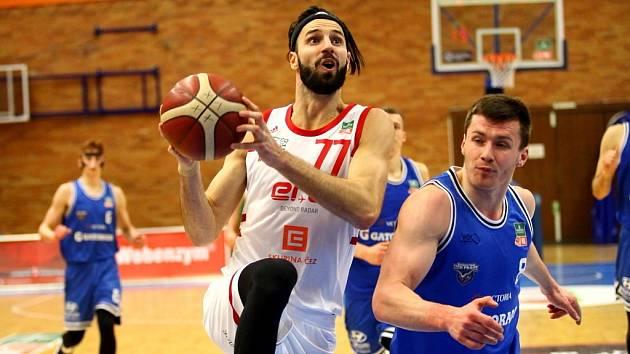 Z basketbalového utkání Kooperativa NBL Nymburk - USK Praha