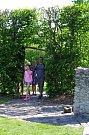 Krásné počasí přilákalo do bylinných zahrad a centra řemesel množství návštěvníků.