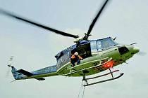 Policejní vrtulník  je ve většině případů jediným prostředkem, jak najít ztracenou osobu. Zvláště v rozlehlejších místech, jako je například Dymokursko.