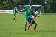 Z fotbalového utkání okresního přeboru Městec Králové - Semice B