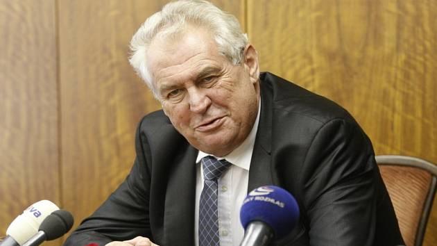 Prezident Miloš Zeman navštíví Nymburk ve čtvrtek 17. října