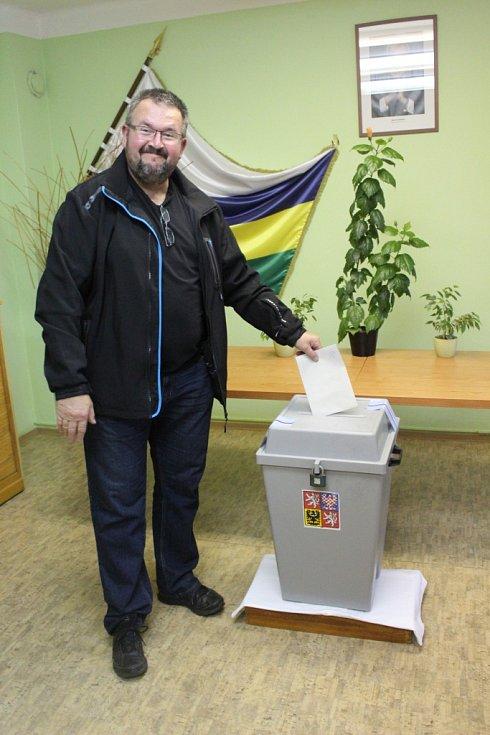 Volby na Nymbursku.