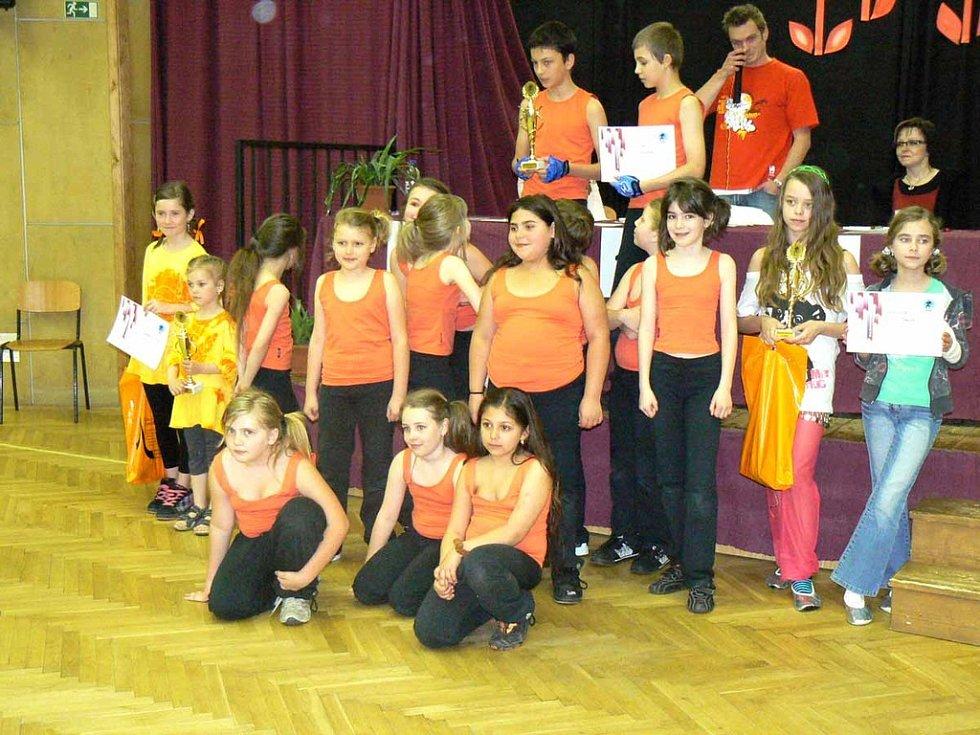 V taneční soutěži o pohár bodovaly v Domě dětí i Holky v pyžamu