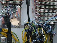 Vykradený síťový rozvaděč v Přední Lhotě.