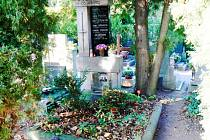 Hrob Jana Zábrany na Poděbradském hřbitově