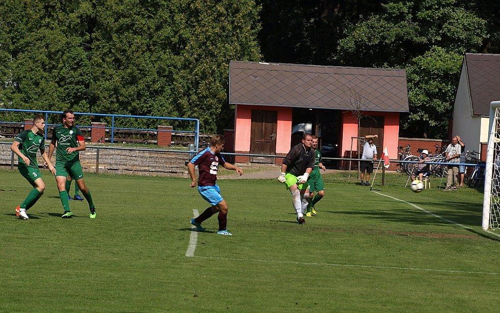 Z fotbalového utkání I.B třídy Slovan Poděbrady - Semice (6:1)
