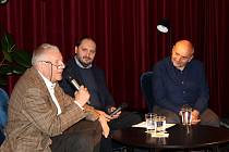 Známé osobnosti přijely na další díl Nymburského historického podzimu do kina Sokol.