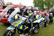 Dva nové motocykly BMW 880 se staly součástí vozového parku dopravních policistů. I s Yamahou 1300 tak aktuálně disponují třemi silnými stroji.