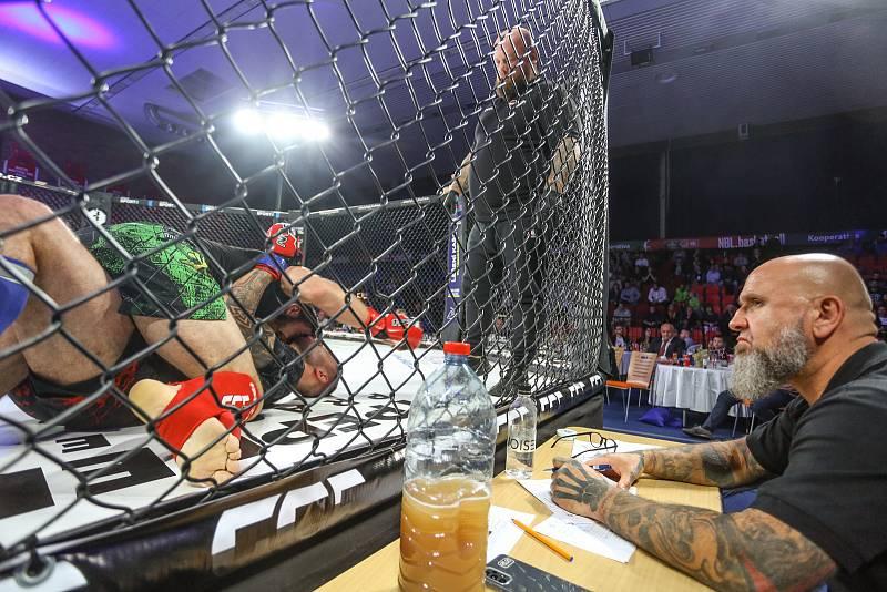 Galavečer MMA GCF64 v nymburském Sportovním centru v neděli 10. října 2021.