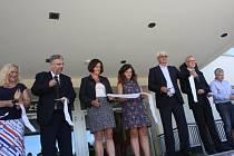 Slavnostní otevření kompletně dokončené Základní školy Juventa v Milovicích.