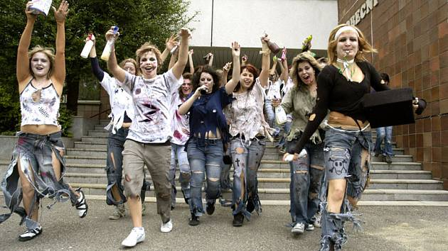 Vstup do kategorie dospělých zažili také studenti nymburské zdrávky.