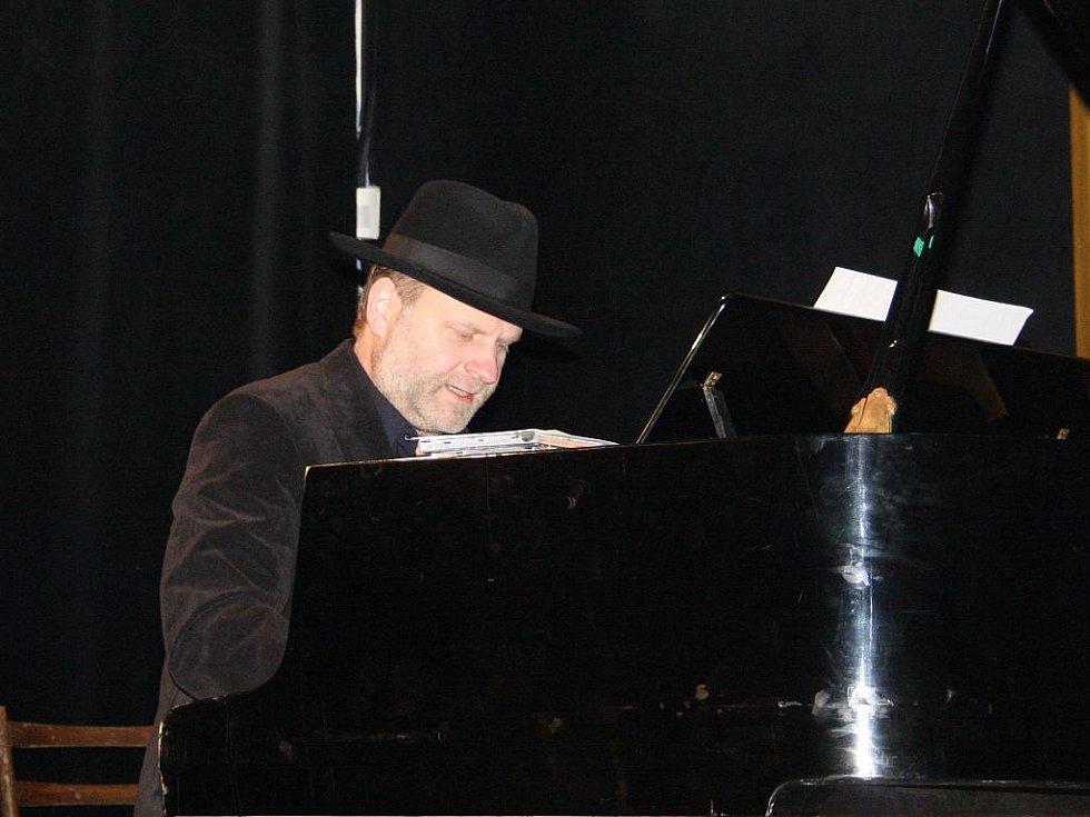 Samozvaný hudebník Jakub Zahradník.