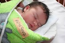 VIKI Z VRBOVÉ LHOTY. VIKTORIE VÍZNEROVÁse narodila 17. října 2016 v 9.24 hodin. Malou slečnu s mírami 3 740 g a 49 cm si odvezli domů pyšní rodiče Veronika a Tomáš, kde se už nemohla dočkat miminka čtyřletá sestra Vanesa.