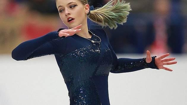 NEBUDE CHYBĚT. Míša Lucie Hanzlíková ukáže své umění v neděli na nymburském zimním stadionu při exhibici.