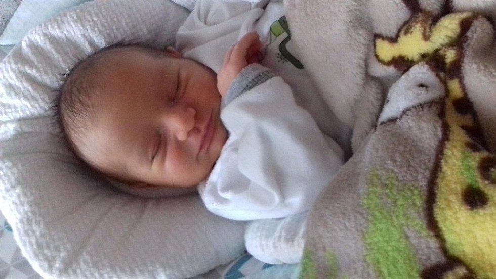ŠESTÝ VÁCLAV! VÁCLAV ŠAFR se narodil mamince Gabriele a tátovi Václavovi z Jíkve 7. dubna 2017 v 11.09 hodin. Vážil 3 300 g a měřil 49 cm. Je to už šestý mužský toho jména v rodě!