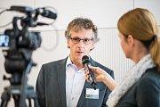 Středočeské inovační centrum (SIC) uspořádalo v Dolních Břežanech konferenci nazvanou Rychlý internet pro Středočeský kraj
