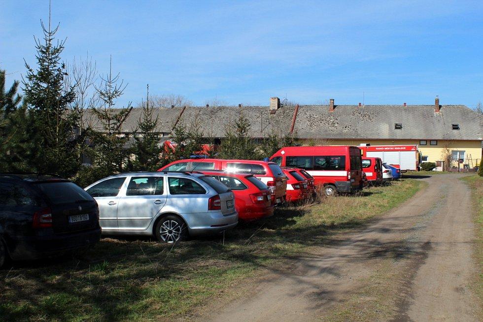 Likvidace více než 7 tisíc kachen v chovu ve Slibovicích.