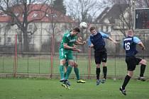 Z fotbalového utkání krajského přeboru Polaban Nymburk - Suchdol (2:0)
