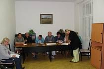 Zasedání zastupitelů obce Chleby ve středu 20. srpna.