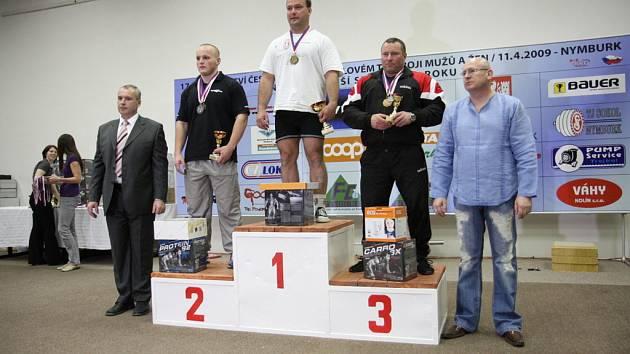 Zbyněk Krejča na prvním místě kategorie do 110kg.