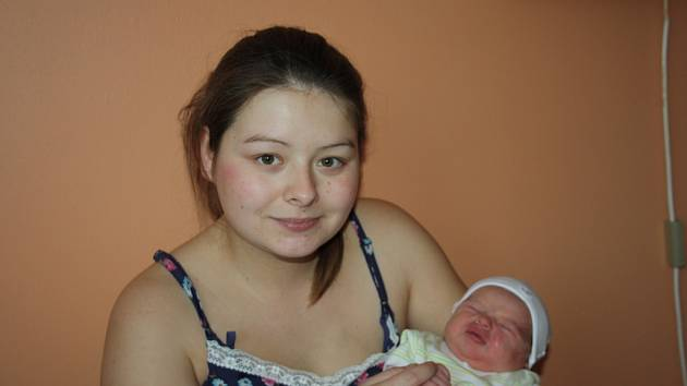 LINDA A LINDA A LINDA... LINDA SVOBODOVÁ přišla na svět 20. listopadu 2016 v 18.17 hodin. První miminko Marie a Daniela z Přerova nad Labem  vážilo 3 520 g a měřilo 48 cm. Rodiče věděli předem, že budou mít dcerku, a tak měl tatínek čas vybrat jí jméno.