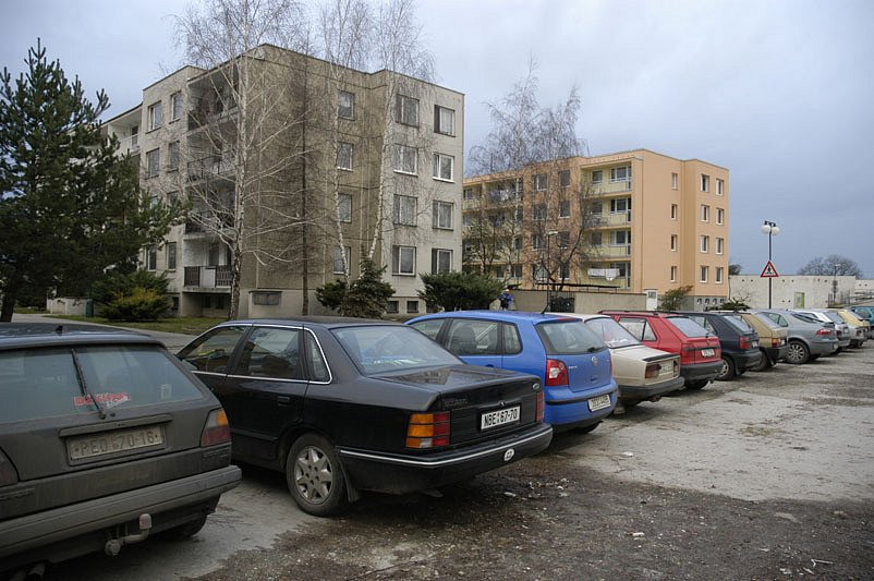 Nymburští zastupitelé opět odložili řešení hluku a rušení nočního klidu na sídlišti v Jankovicích.