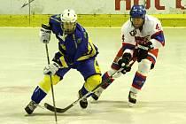 Z hokejového utkání druhé ligy Nymburk - Jindřichův Hradec (4:3)