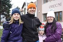 Novoročního pochodu v Opolanech se zúčastnila i rodina Herelových ze Sendražic.