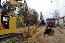 Pokračuje zásadní rekonstrukce páteřní ulice v Litoli, Mírové.