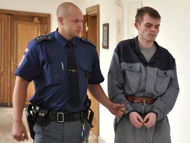 Pavel Poupa u pražského soudu