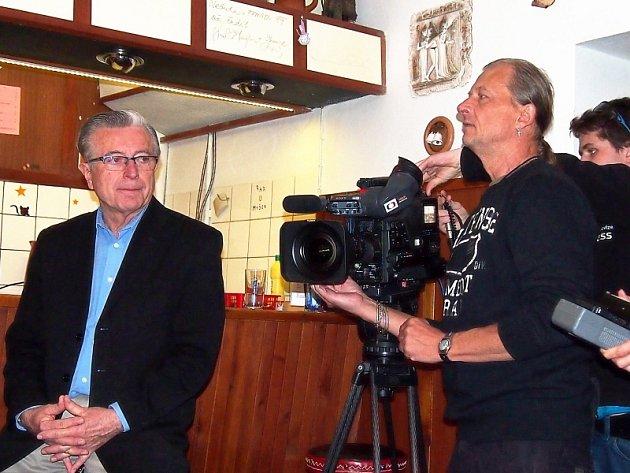 Štáb České televize natáčel i v kulturním domě v Libici