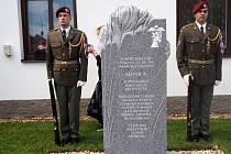 V Senicích si opět připomenou výsadkáře, kteří během druhé světové války seskočili poblíž obce.