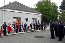Pietní akt za hasiče odbojáře v Nymburce.