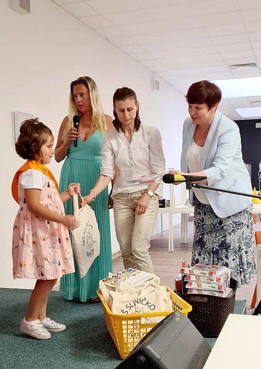 Z rozloučení s předškoláky v mateřince Sluníčko v Milovicích.