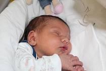 EMMA Z MILOVIC. EMMA BÍŽOVÁ přišla na svět 17. března 2017 v 14. 26 hodin. Holčička s mírami 3 730 g a 50 cm má maminku Lucii, tátu Tomáše a sestry Valentýnu (17), Kačku (13) a Barušku (3). Ta se má!