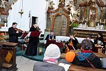 Musica Florea v rámci svého vystoupení zahrála skladby barokních autorů.