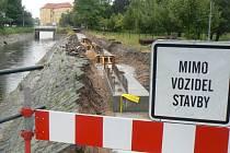 Stavba protipovodňových valů v Poděbradech