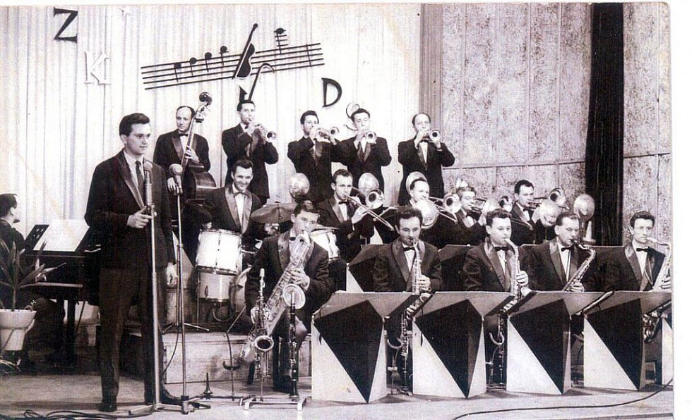 Taneční orchestr Bogana Sedlatého. V Nároďáku, 60. léta