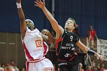 Basketbalisté Nymburka mohli slavit po pátém zápase s Novým Jičínem titul pro mistra ligy