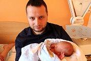 DAN GONDKOVSKÝ se narodil 9. února 2018 v 16.35 hodin s výškou 50 cm a váhou 3 011 g. Doma v Roztoklatech se z  chlapečka radují rodiče Iveta a Ondřej.