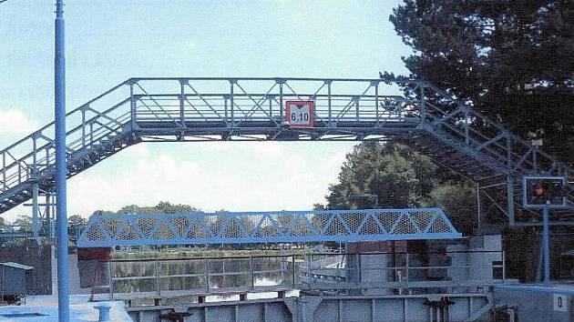 Studie bezbariérové lávky přes plavební komoru v Nymburce.